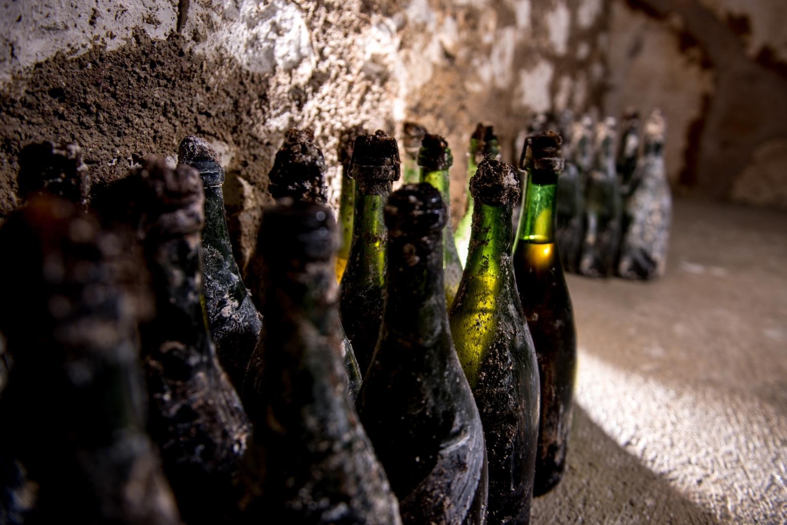 Champagne bottle Pol Roger
