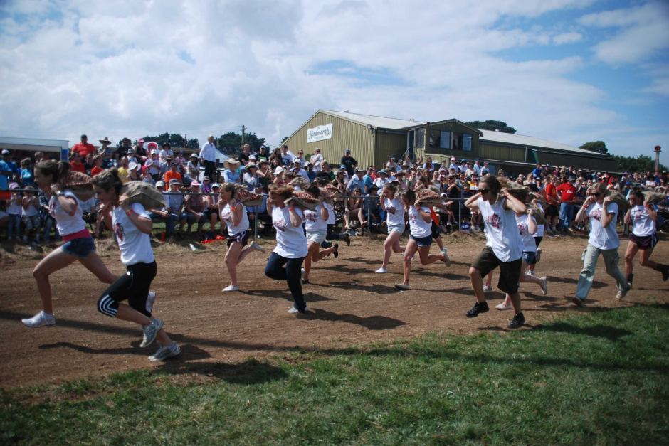Robertson Show Potato Race