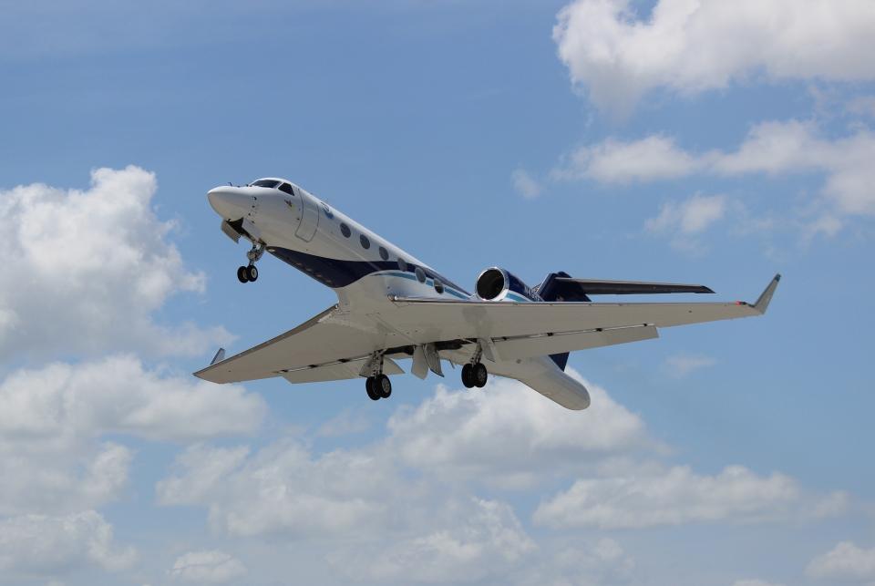 NOAA plane