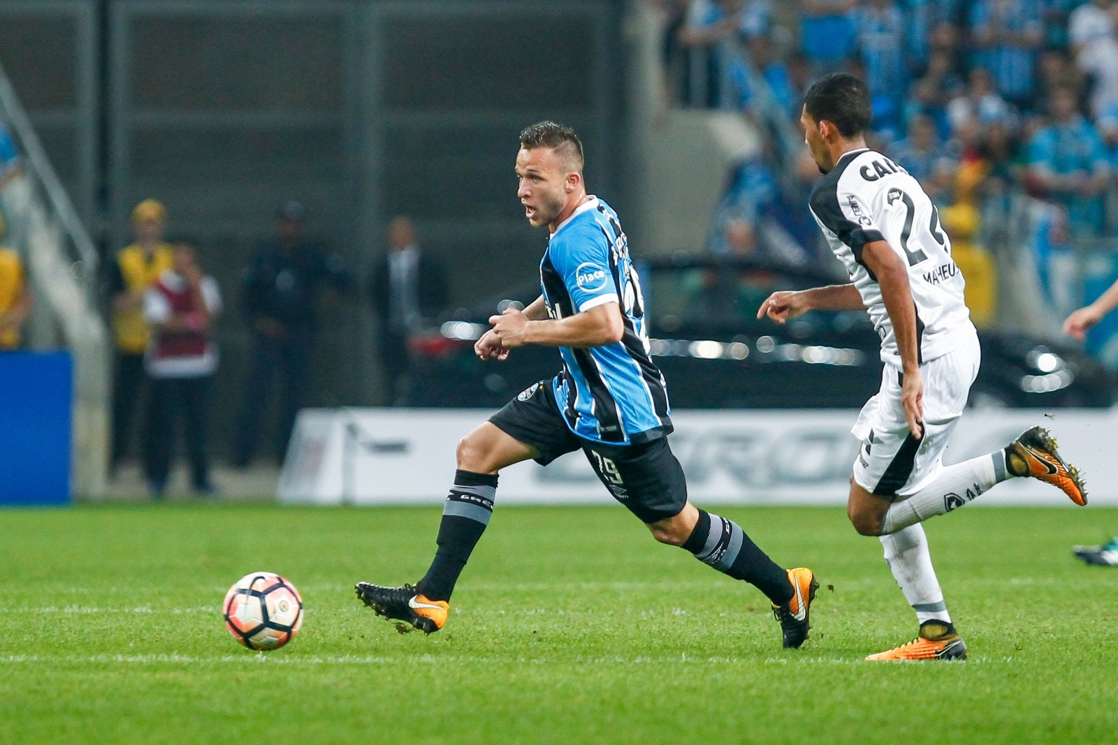 Gremio deny Arthur agreement with Barcelona