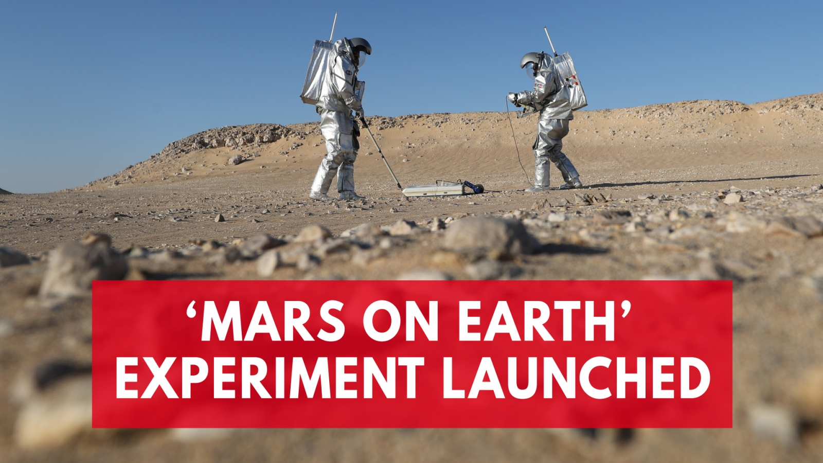 scientists-conduct-experiment-in-mars-simulation-center-in-oman-desert