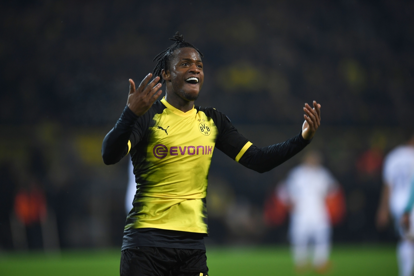 Batshuayi admits Chelsea struggles and Dortmund start