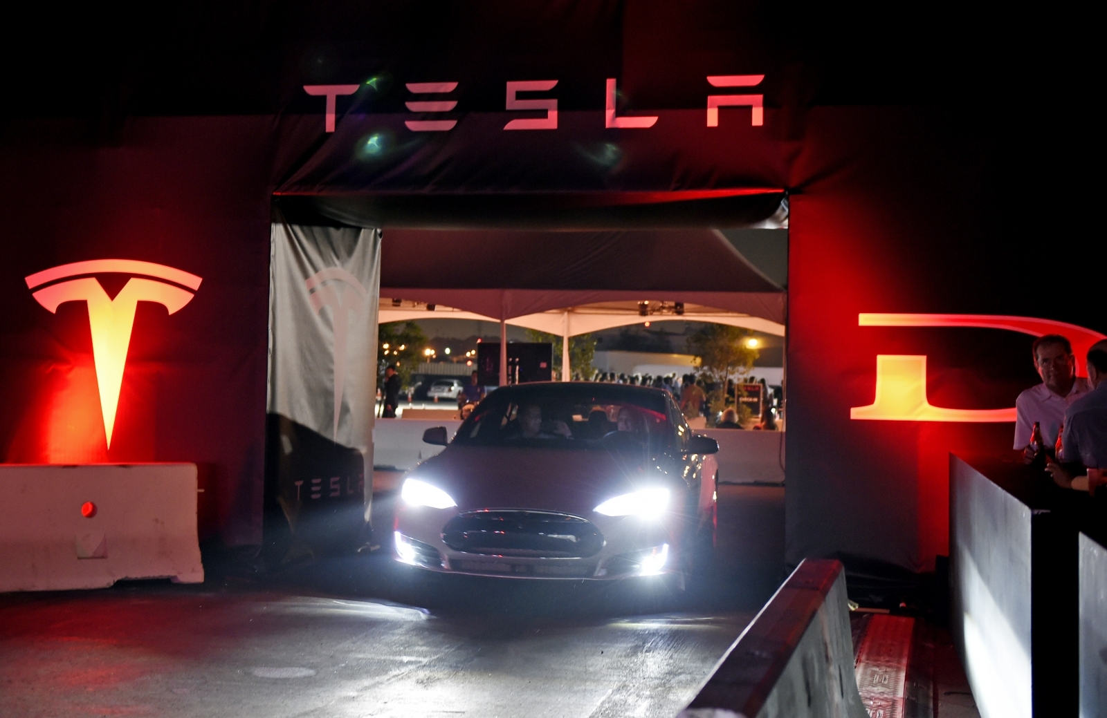 Hackers Carjack Tesla's Amazon Cloud To Mine Cryptocurrency
