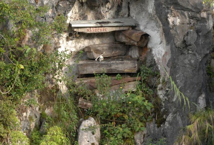 Hanging coffins Philippines
