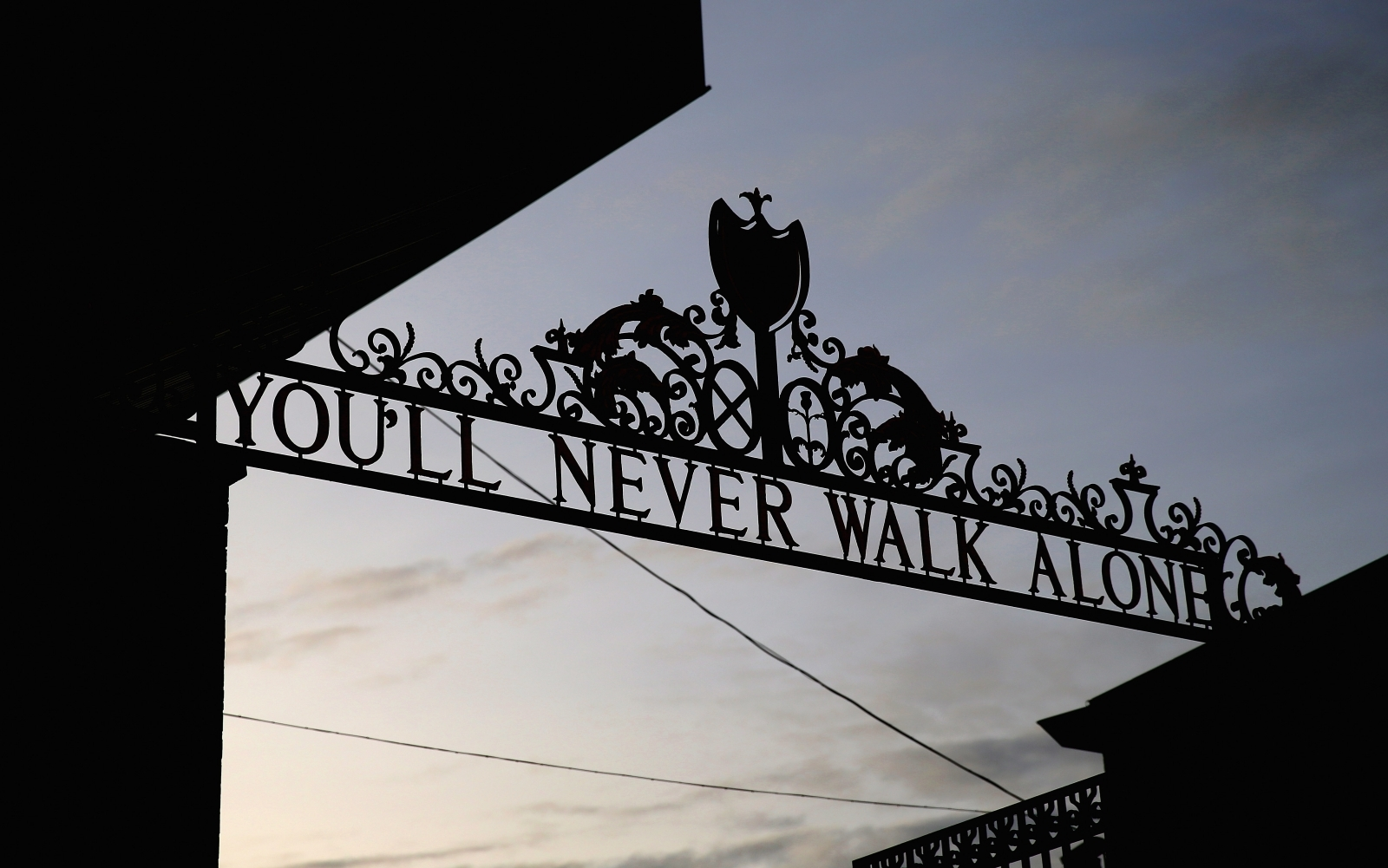 Liverpool vs West Ham United Bournemouth vs Newcastle United: Premier League - LIVE