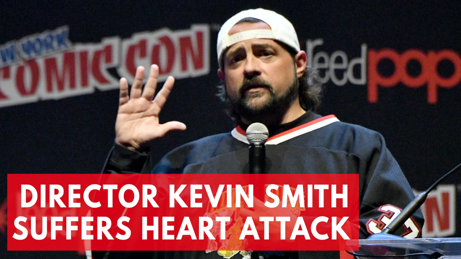 'Clerks' director Kevin Smith suffers massive heart attack