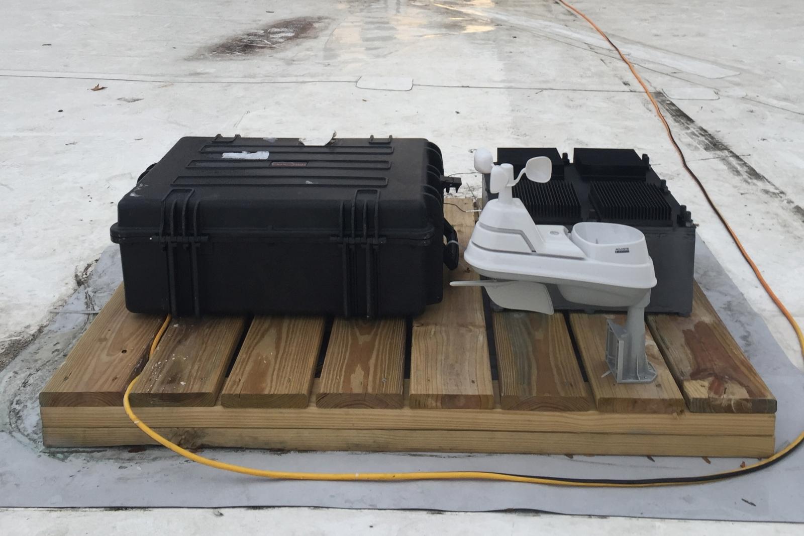MIT engineers create energy generating device