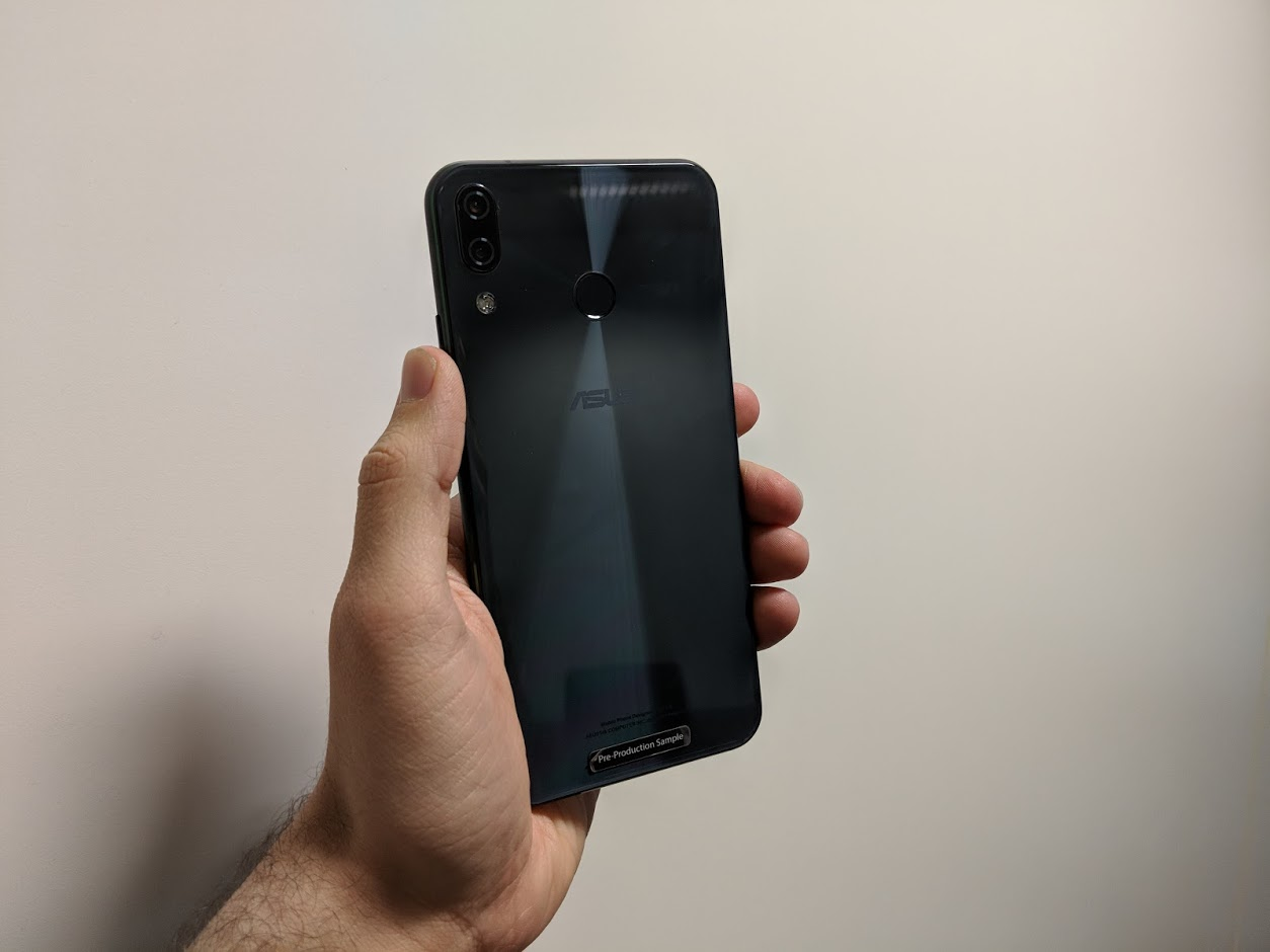 Hands On With The Asus ZenFone 5 Android IPhone X Lookalike That Costs Half Price