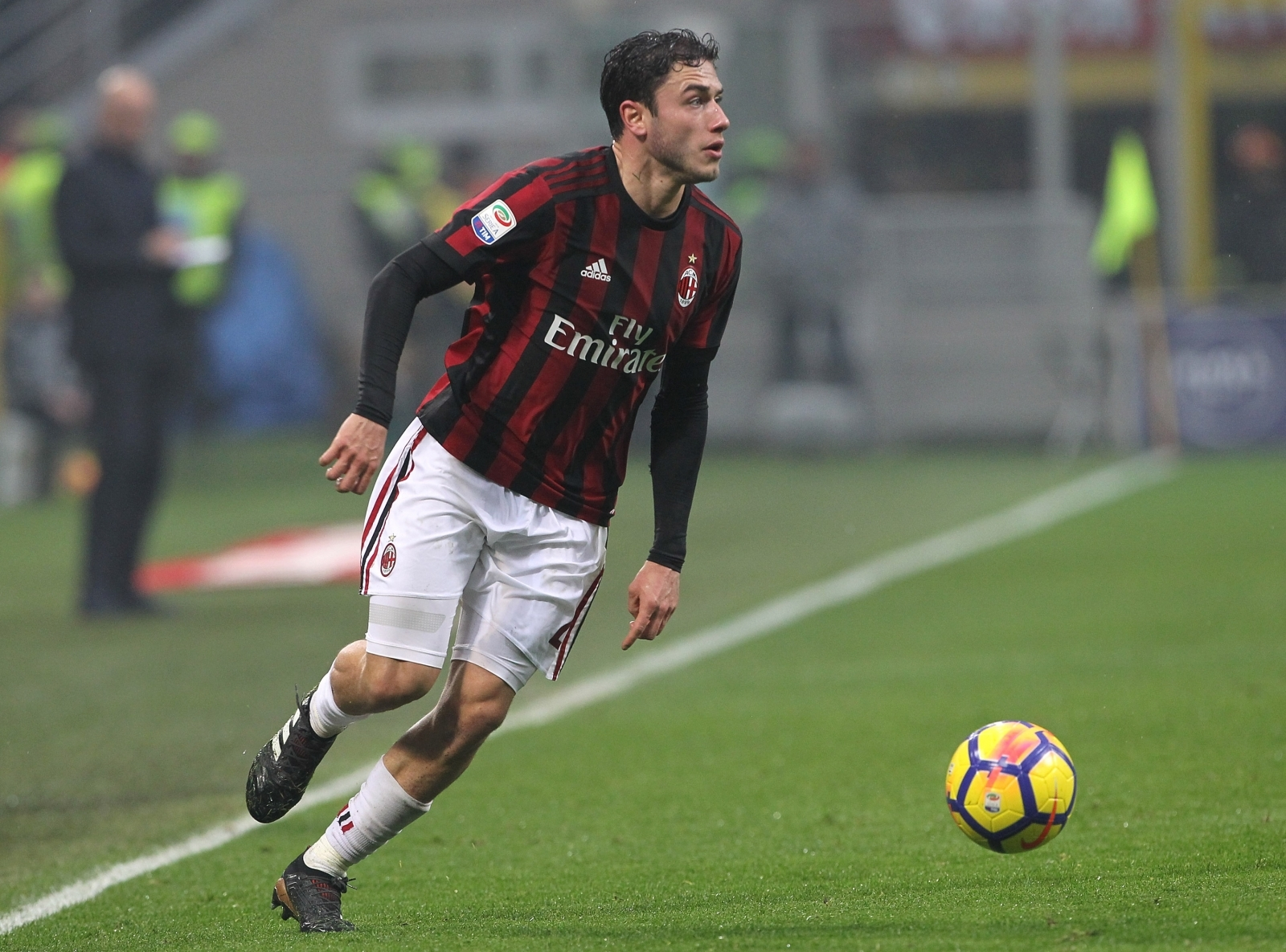 Everton 'send scouts' to run rule over AC Milan right-back Davide Calabria