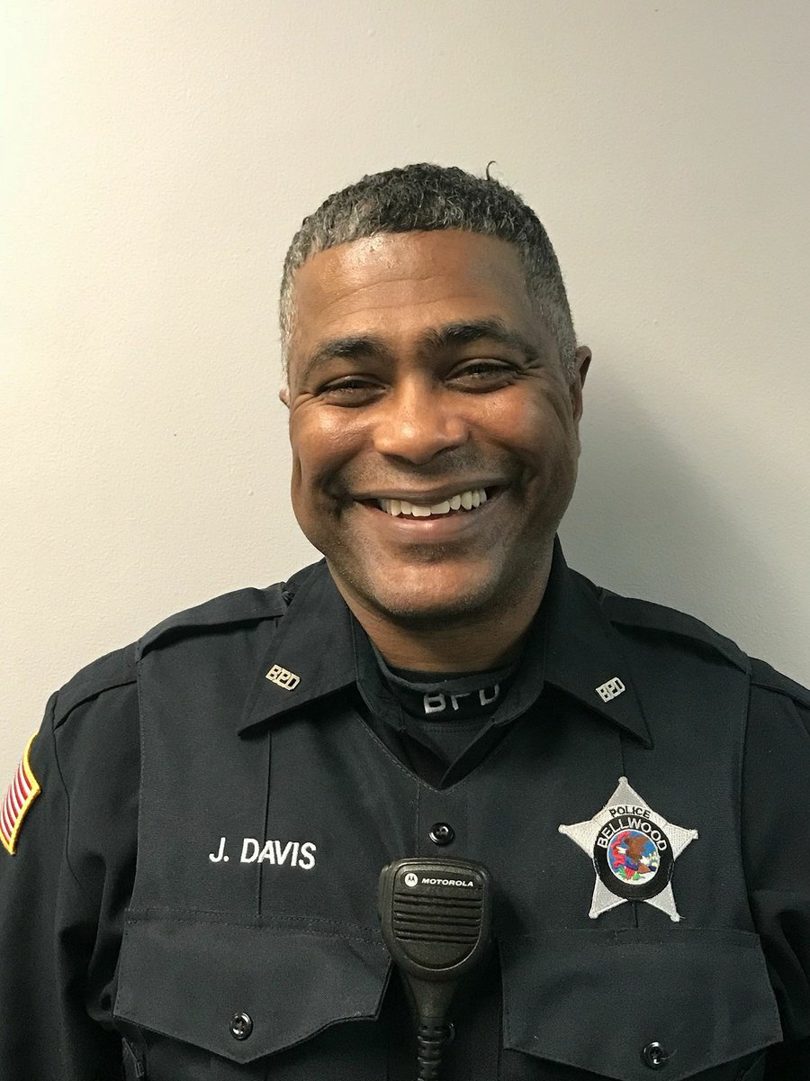 Bellwood Police Officer James Davis Sr.