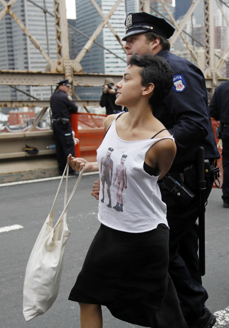 Anonymous Release Videos Showing Occupy Wall Street Brooklyn Bridge Arrests