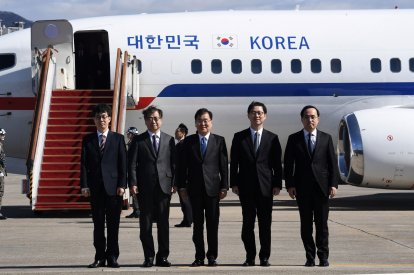 South Korean Envoy Departs For North