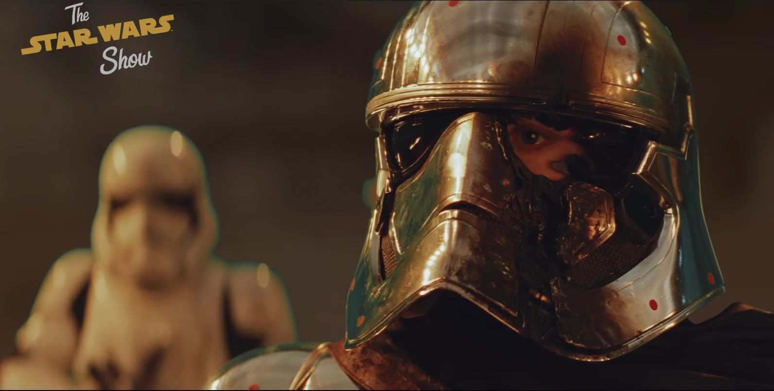 Star Wars: The Last Jedi Deleted Scene Changes Finn And Phasma's Battle