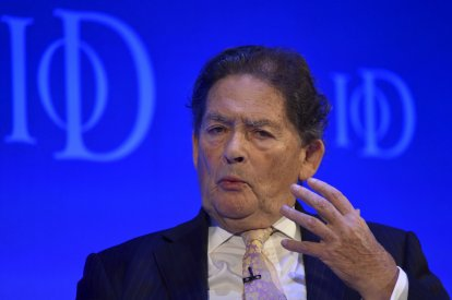 Nigel Lawson applies for French residency