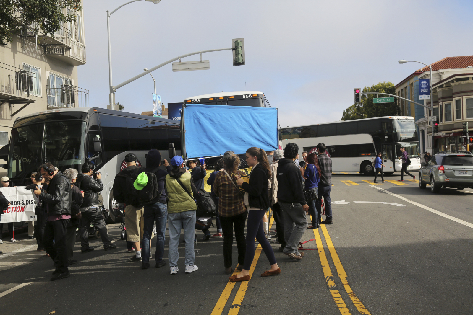 Demonstrators block Google commuter bus