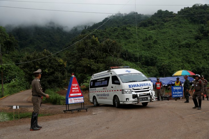 4 boys rescued from thai cave in risky operation 5 remain trapped chiang rai cave rescue malvernweather Images