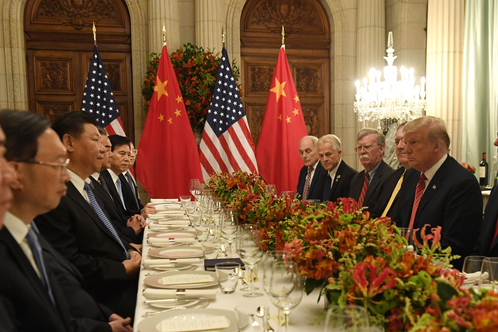 Trump, Xi hold talks over trade war