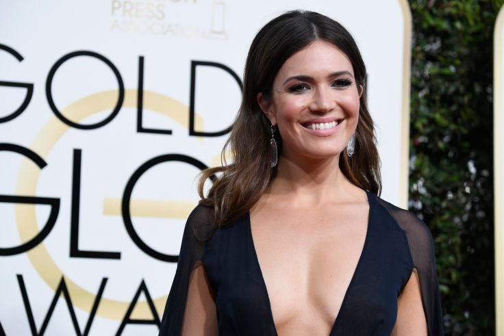 Mandy Moore releases 'When I Wasn't Watching' her first single in 10 years