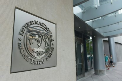 IMF vows to work with Argentina govt
