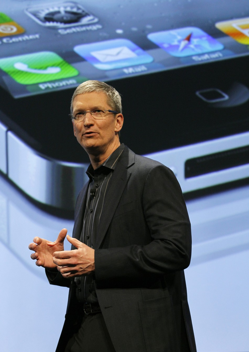 Tim Cook speaking during Verizon's iPhone 4 launch event in New York