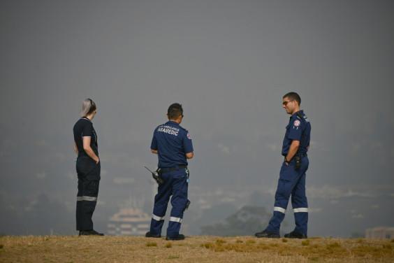 Australia bushfires choke Sydney