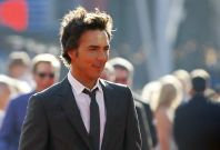 """Director Shawn Levy poses at the premiere of """"Real Steel"""" in Los Angeles"""