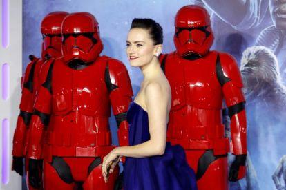 Star Wars gets massive N America opening