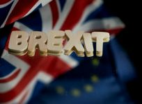 UK parliament ratifies Brexit divorce law