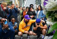 Fans mourn the death of Kobe Byrant