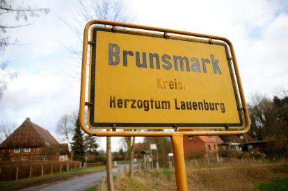 Brexit robs German village of Scottish mayor