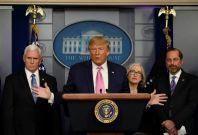 Trump, Mike Pence, Alex Azar, Anne Schuchat
