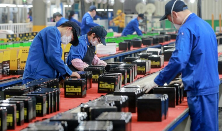 China's manufacturing sector saw growth in March