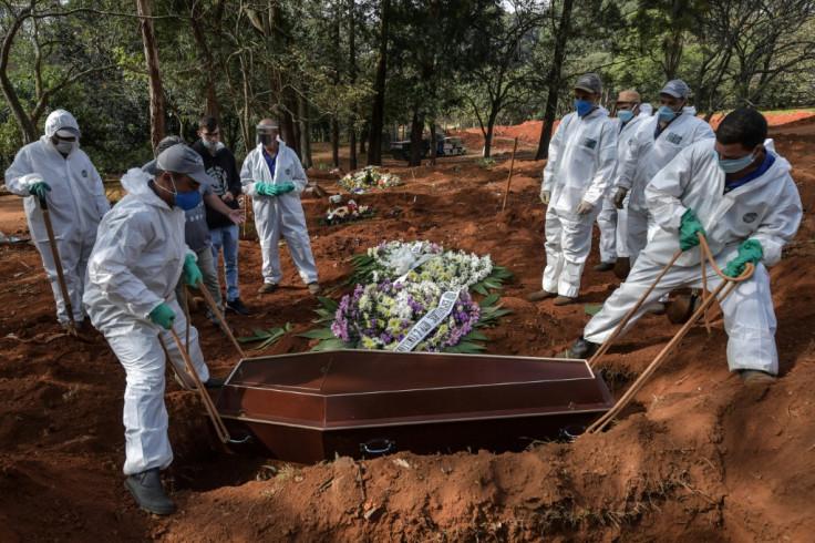 Brazilian grave diggers