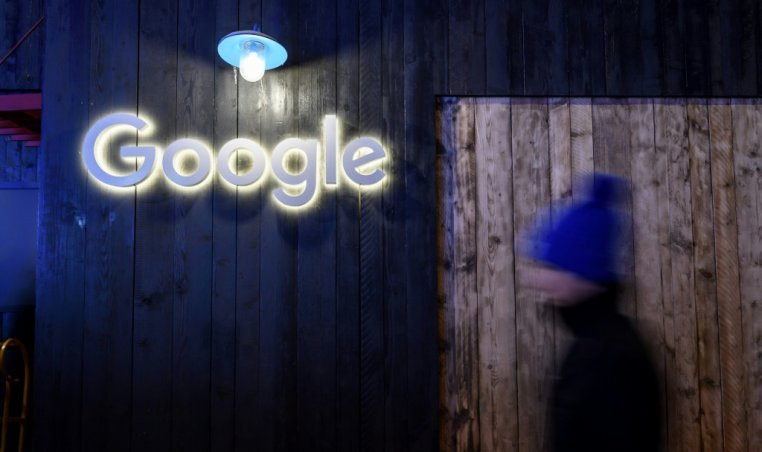 Google to pay some outlets for news