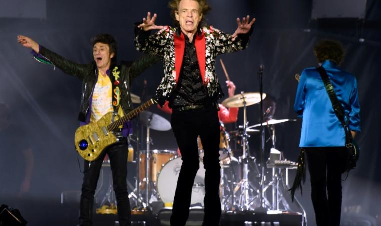 Artists urge govt to save UK's live music