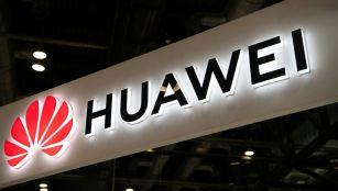 Britain bans Huawei