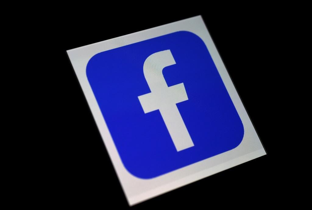 Facebook, Twitter take aim at Trump 'misinformation'