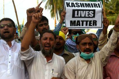 Protesters in Karachi