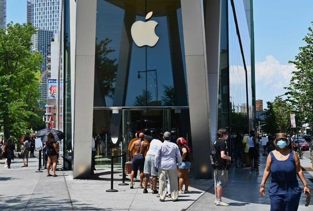 Apple must pay $500 million over patent violations, US court rules