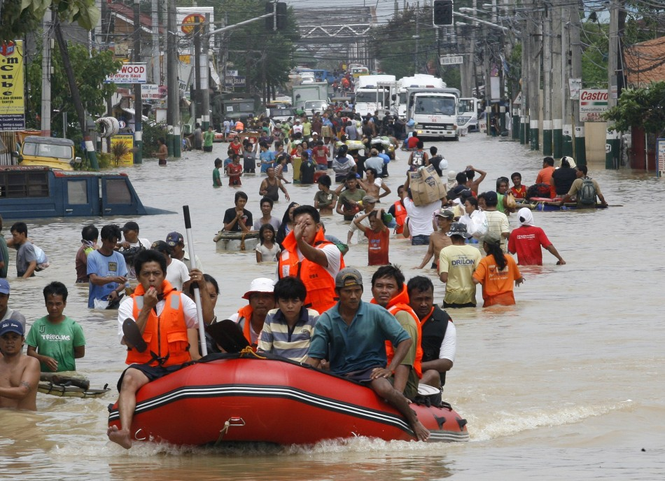 Rescuers Maneuver a Rubber Boat