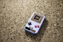 University researchers create a battery-free portable console