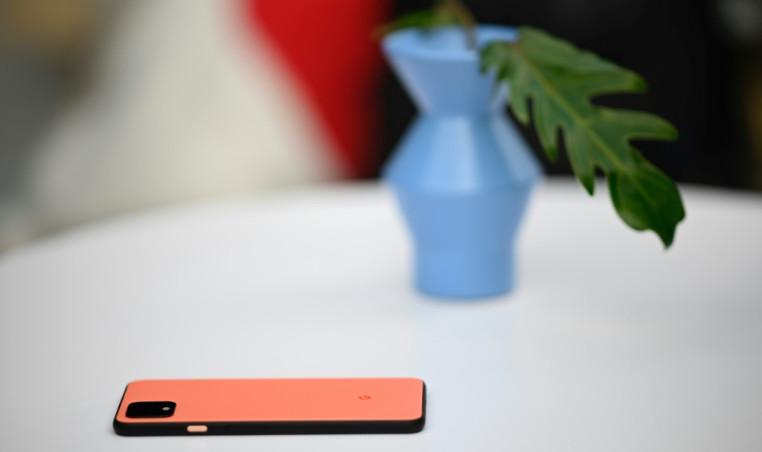 Google unveils new Pixel handsets