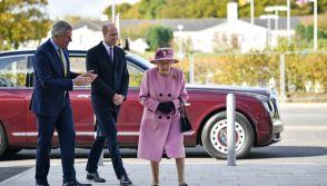 Queen Elizabeth II and Prince William