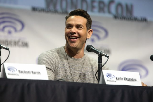 Kevin Alejandro to direct 'Lucifer' season 6 cryptic farewell episode