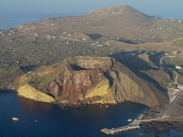 Inside Italy's COVID-free islands: What it's like living without coronavirus infection fears