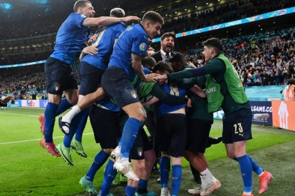 Italy players
