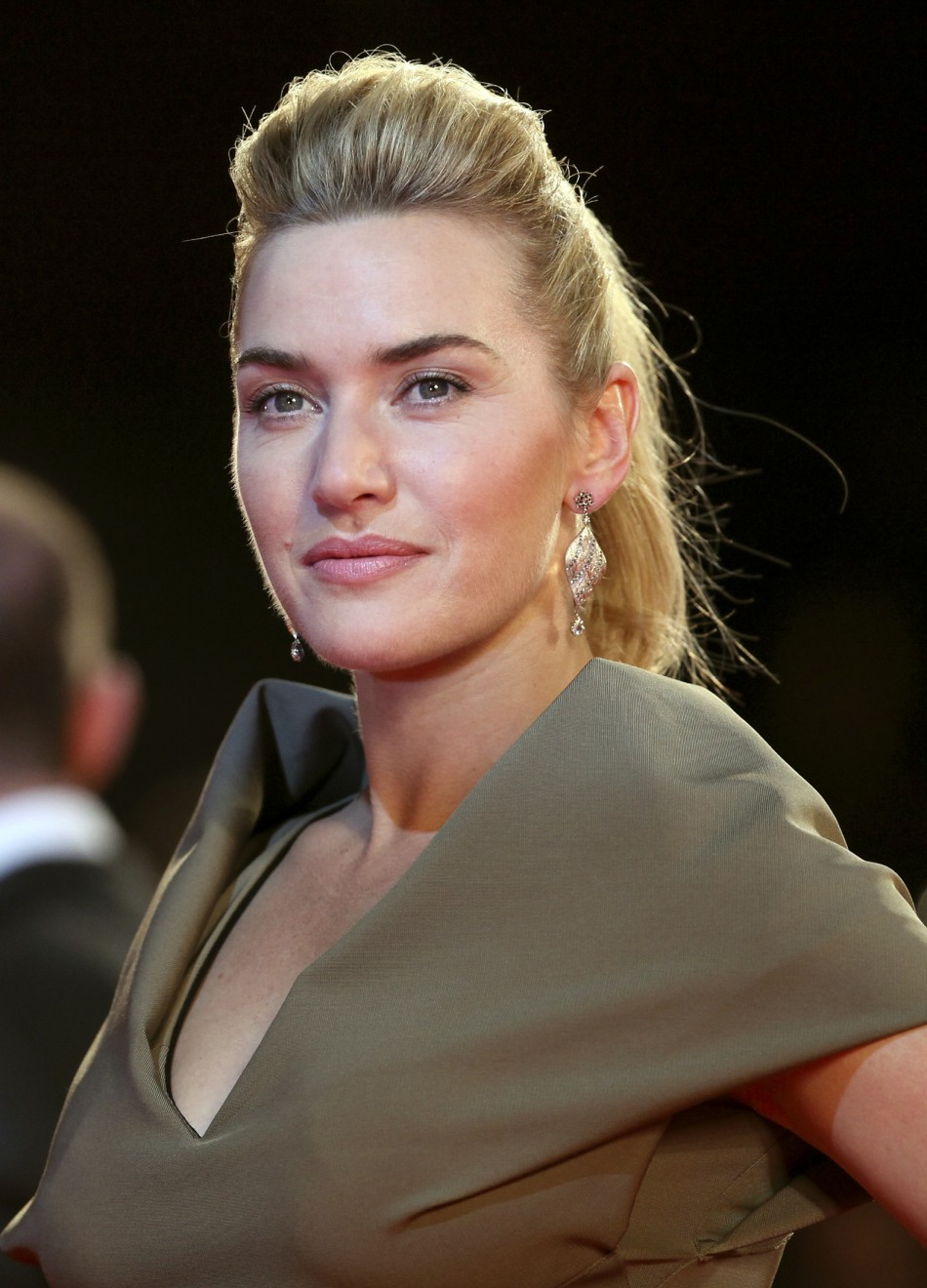 titanic song makes me throw up says kate winslet