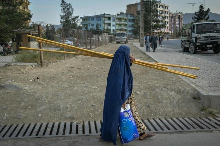 Afghan woman.