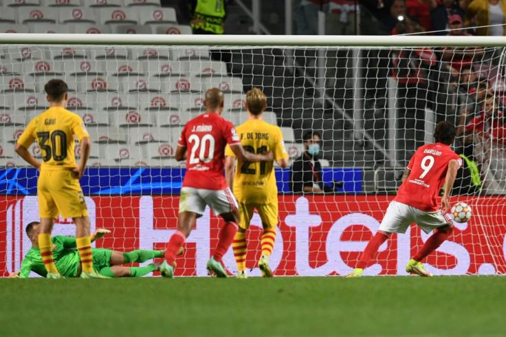 Benfica v Barcelona
