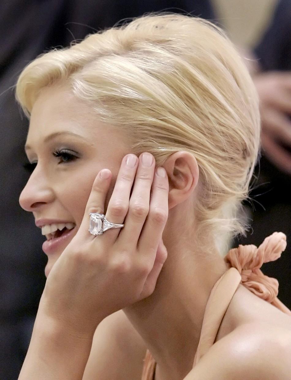 reuters paris hilton - Elizabeth Taylor Wedding Ring